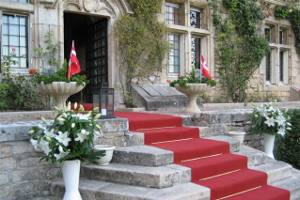 Red Carpet entrance at Hattonchatel